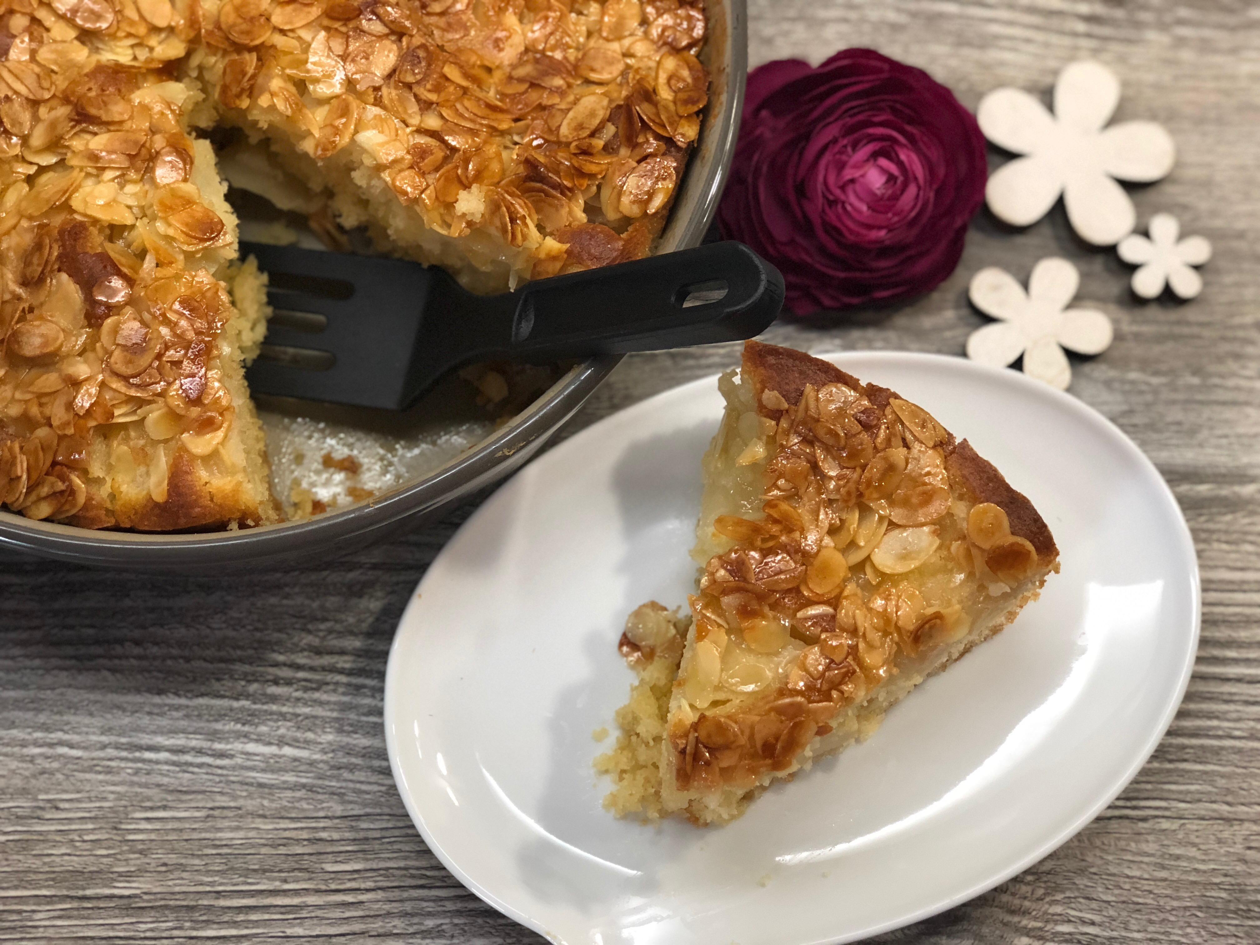 Apfelkuchen aus runden Form von Pampered Chef® - Kuchenstück von oben
